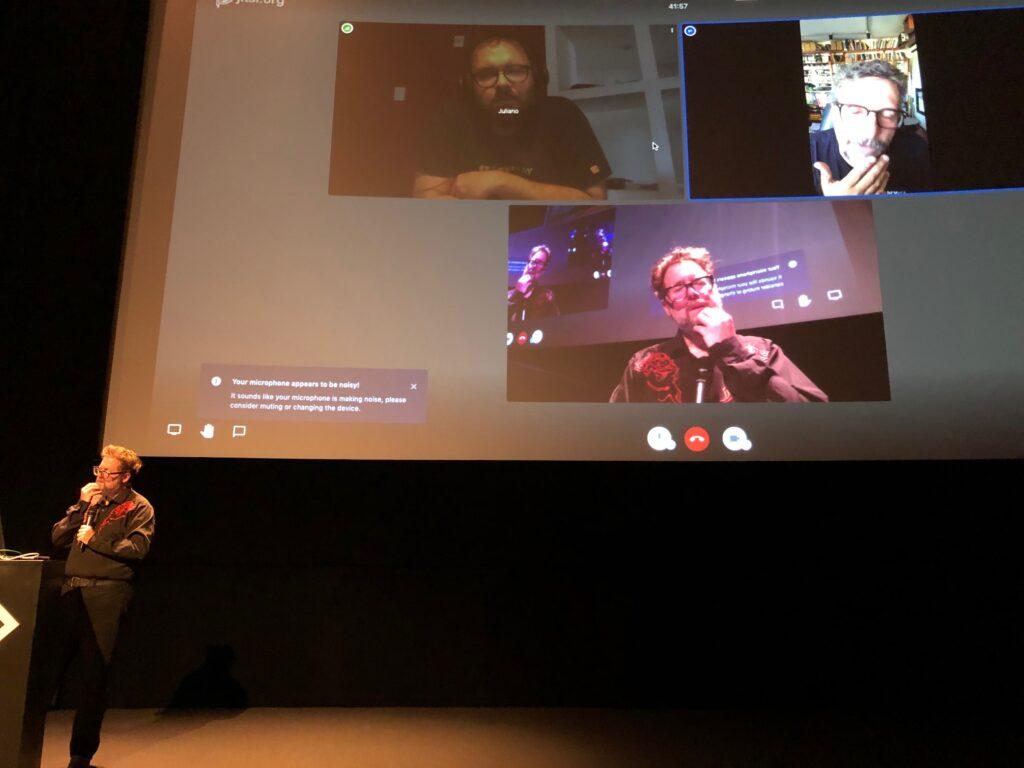 MARTIN KOOLHOVEN MET KLEBER MENDONÇA FILHO EN JULIANO DORNELLE Regisseurs screening EYE Amsterdam 2020